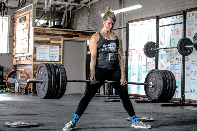 Sumo or Conventional: Which Deadlift Stance Should You Choose?